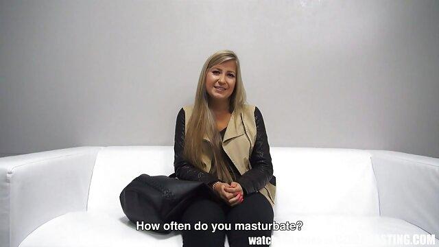 وضع الجنس على مقاطع فيديو سكسيه اجنبيه السرير