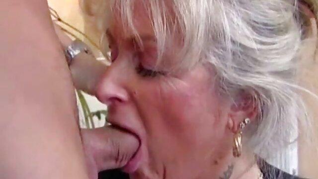 الأبنوس كيكي نجوم الرطب بين ساقيها افلام سكسيه اجنبيه 2019 و الجنس على الكاميرا