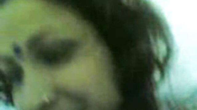 العجوز مقاطع فيديو سكسيه اجنبيه اللعين امرأة أصغر سنا